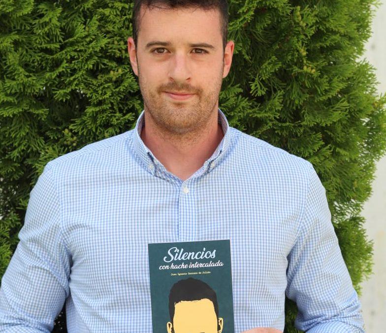 Juanín Santo publica su primera novela en modo poesía