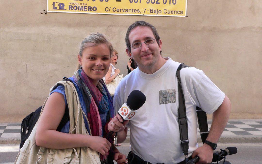 Kris Kat ayudará a Mónica Coca Cola en 8 Televisión