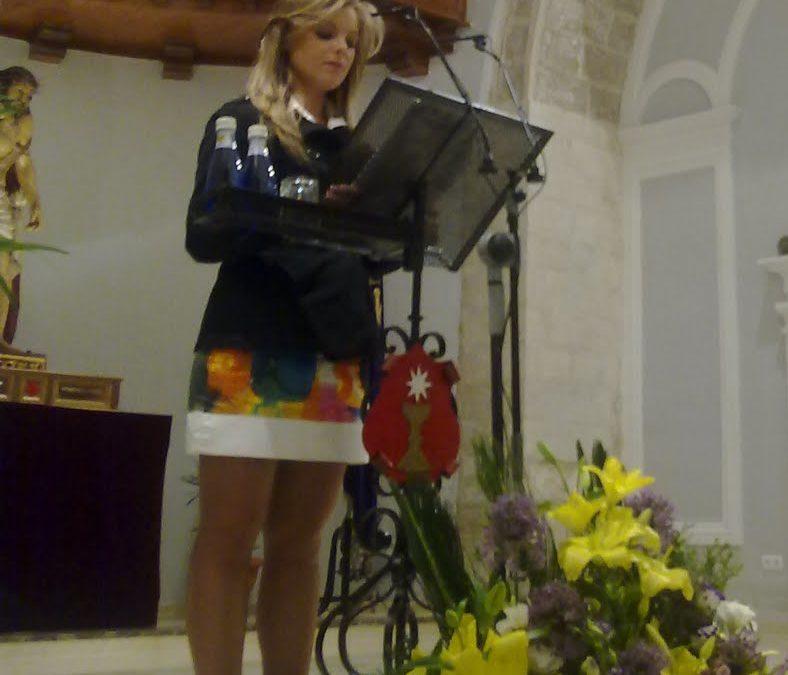 Kris Kat presentó al pregonero de la Semana Santa de Cuenca