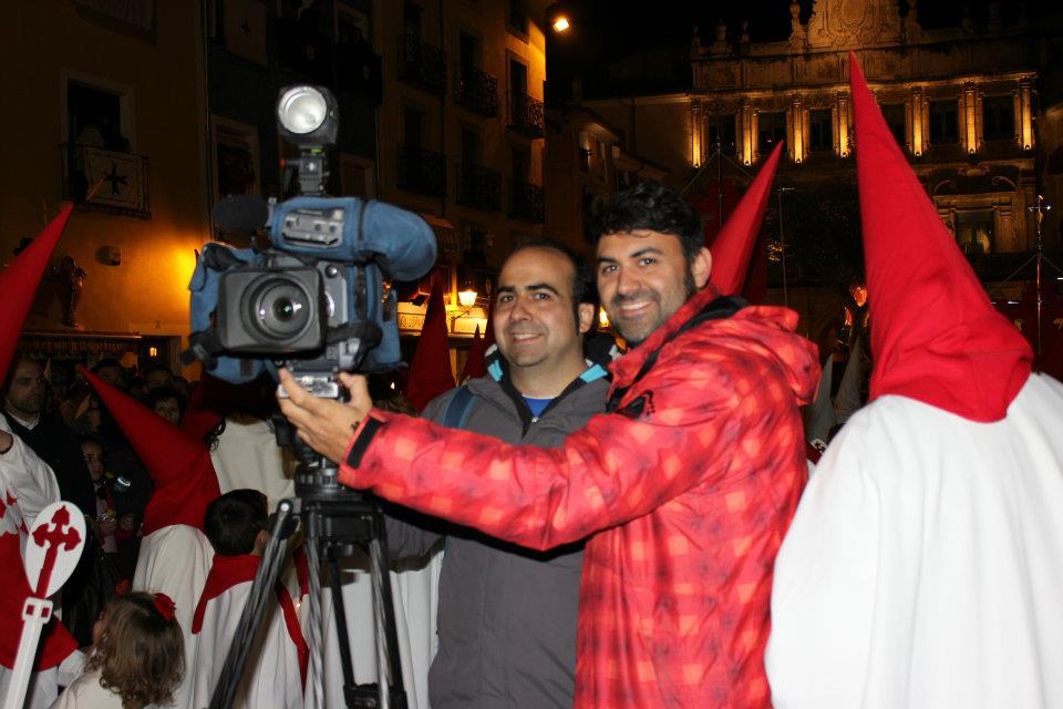 Lluvia y mucho trabajo para los prensa-peoples en la Semana Santa de Cuenca
