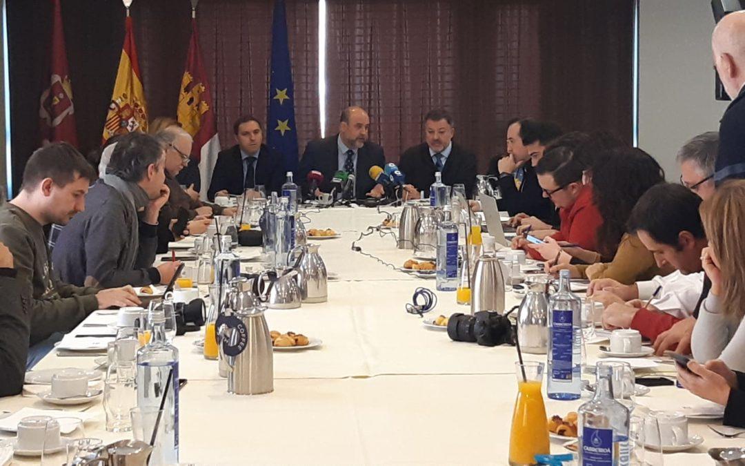 Desayuno informativo con el PSOE