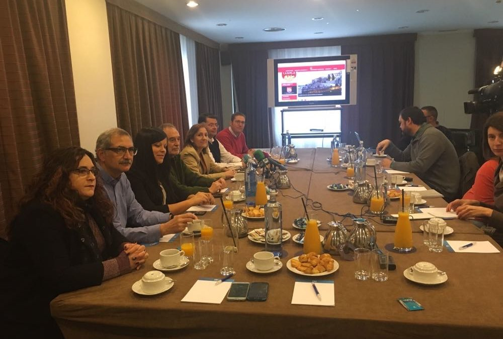 Desayuno con el PSOE