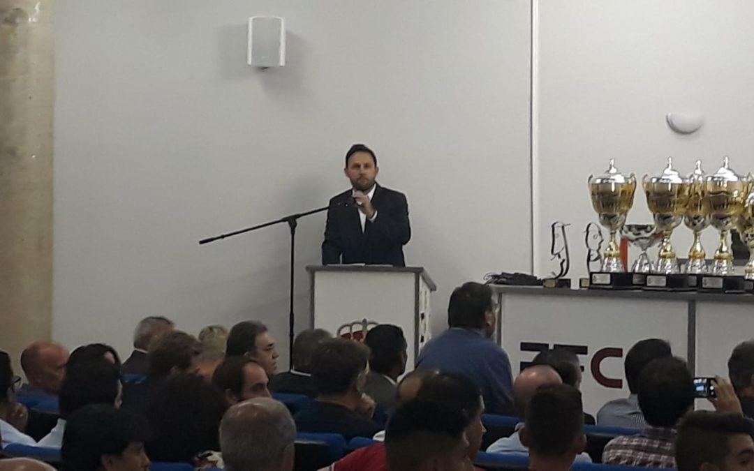 Luis Casgol presenta la Gala del Día Institucional del Fútbol de la Región