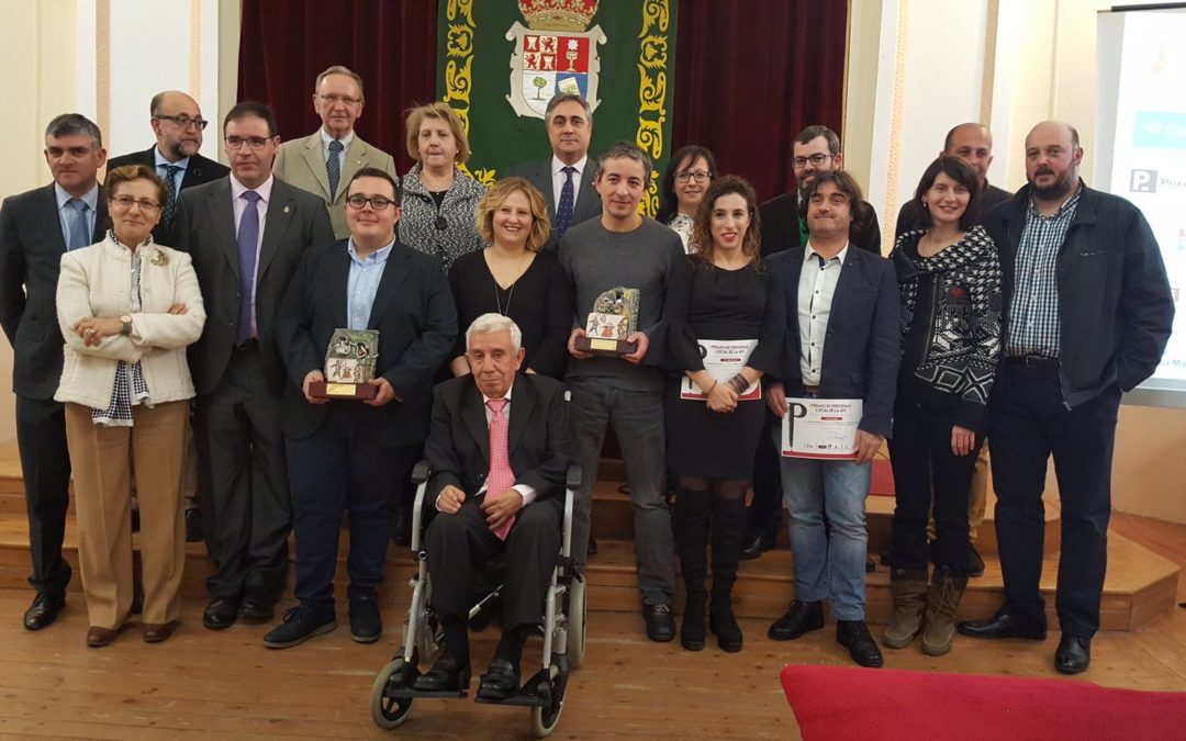 Premios de periodismo local para peoples