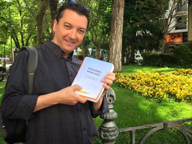 Mesa electoral para Antonio Cervera