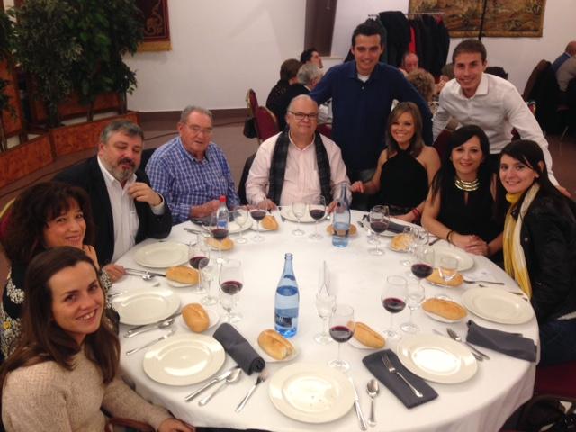 Prensa peoples en la cena-mitín de navidad del PP