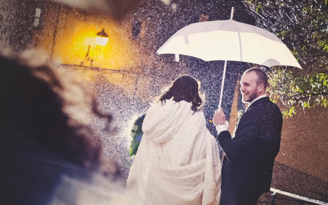 Noelia TaxiCope se casa en una boda de ensueño pasada por agua